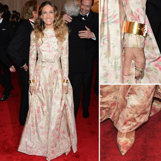 sjp-met-gala-2012-valentino