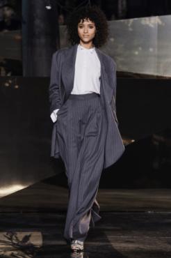 hm-studio-aw-fall-2016-paris-fashion-week (22)