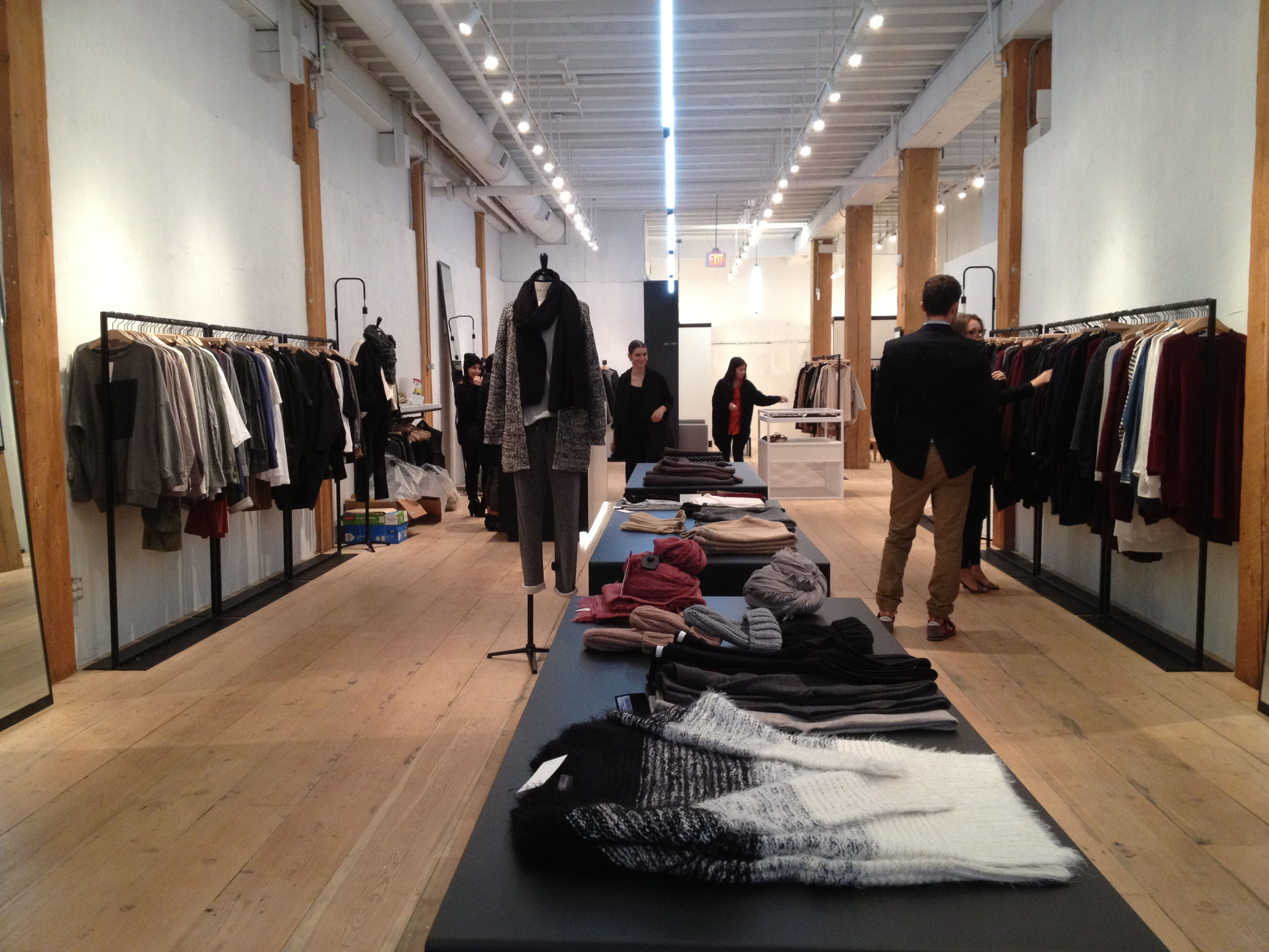 Hairy Fort Locations New Store Relocates To A Larger Location Fort Bag Oak Gastown Styleby Fire New Store Relocates To A Larger Location Gastown Oak houzz 01 Oak And Fort