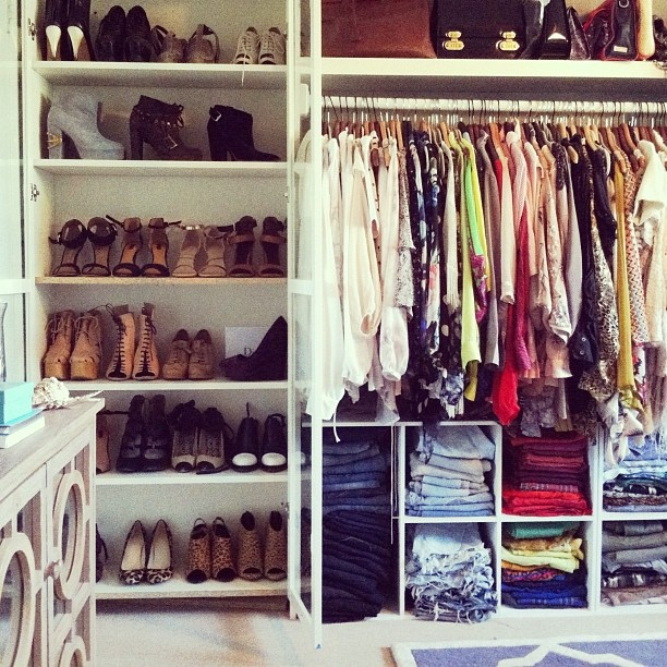 spring cleaning closet Is it Spring Yet? Tips for Refreshing Your Closet