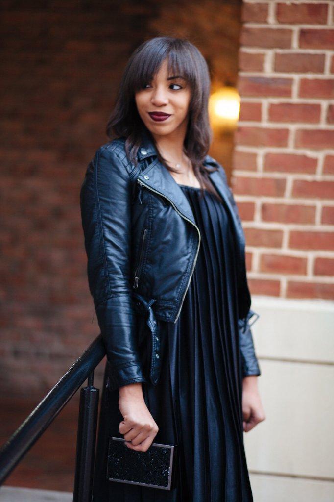 Kaylah_Burton_Style_Me_Twice_Nasty_Gal_Runner_Lipstick