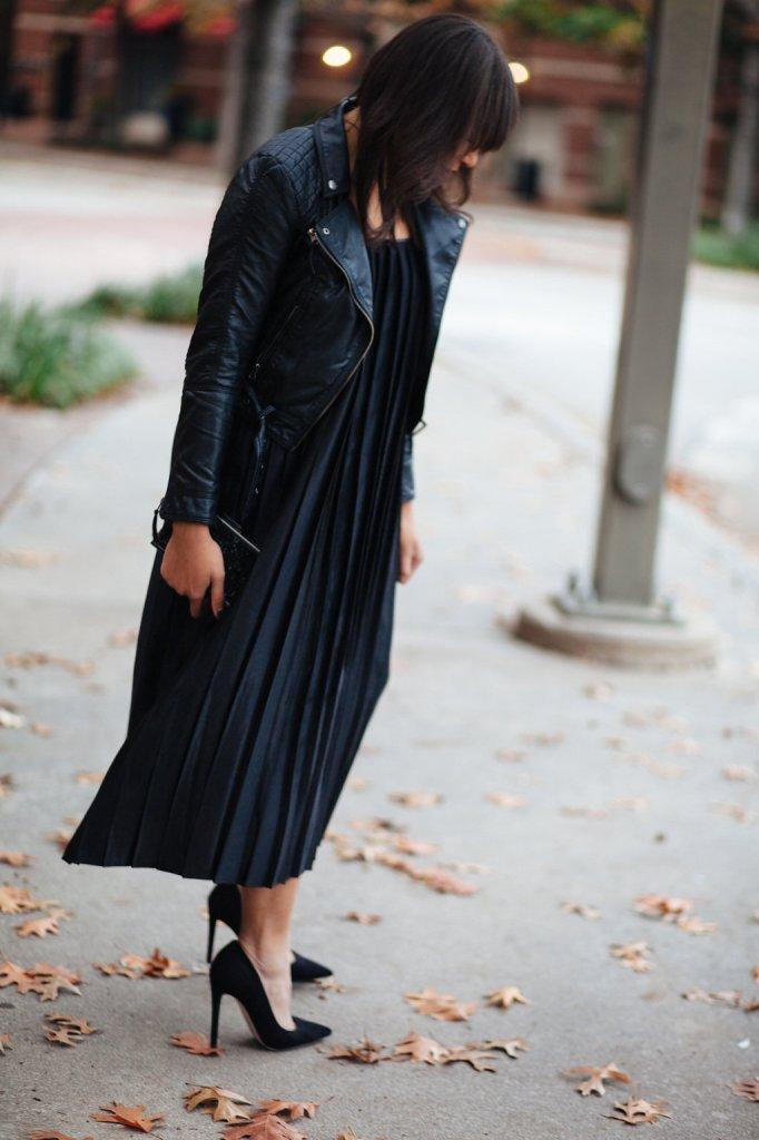 Kaylah_Burton_Style_Me_Twice_Nasty_Gal_Shape_Shifter_Pleated_Dress_ASOS_Premiere_Pointed_Heel