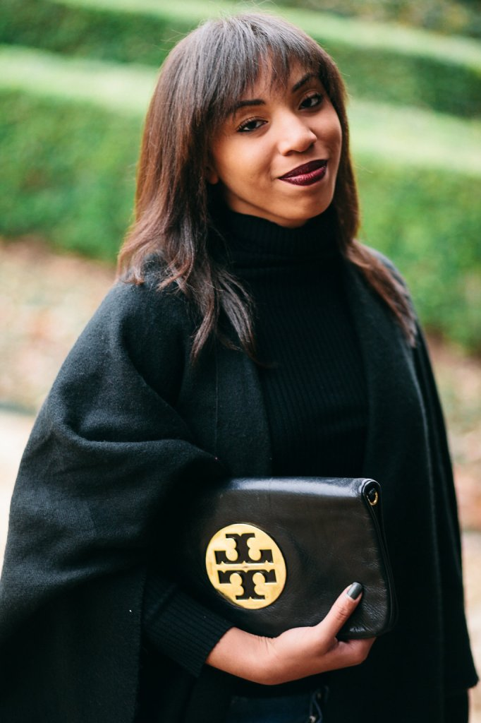 Kaylah_Burton_Style_Me-Twice_tory_Burch_Reva_Leather_Clutch