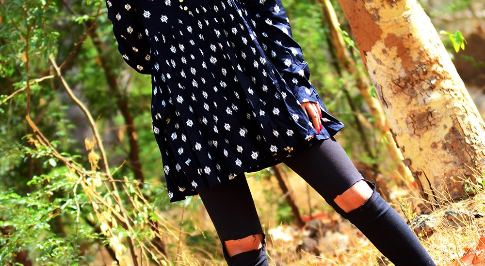 Fashion, Style, Fashion Photography, Street Style, Personal Style Blogger, Indian Fashion Blog, Summer Fashion, Navy Printed Blouse, Black distressed denim, Navy booties, Red lip color, Fashion Blogger