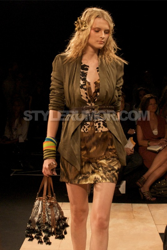 diane-von-furstenberg-spring-summer-2010-collection-26
