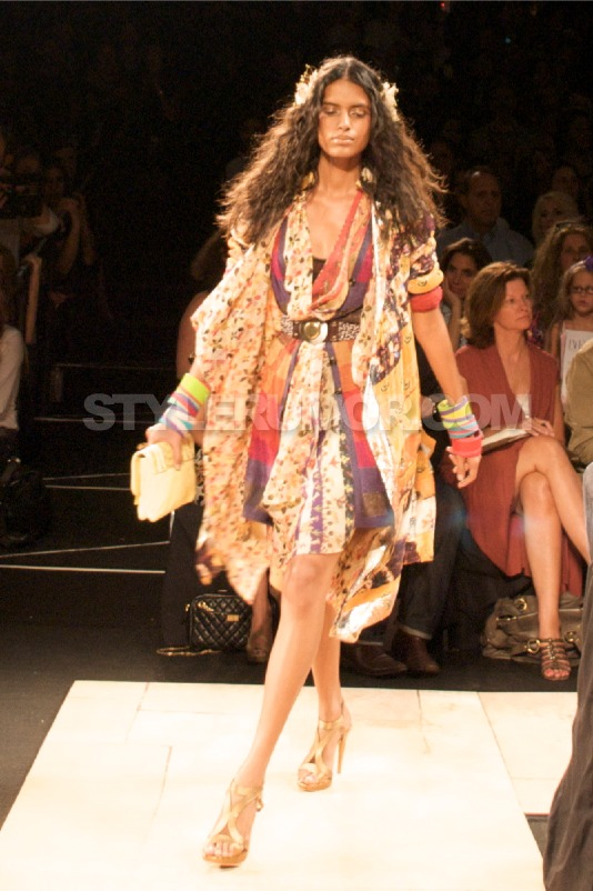 diane-von-furstenberg-spring-summer-2010-collection-50