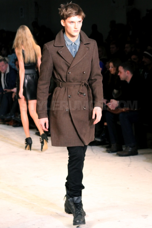 diesel-black-gold-fall-winter-2010-collection-31