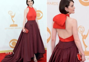 Michelle-Dockery-In-Prada-2013-Emmy-Awards