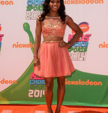 Celebrity Teen Style - Gabby Douglas Looks Pretty In Peach At Nickelodeon Kids' Choice Sports Awards 2014