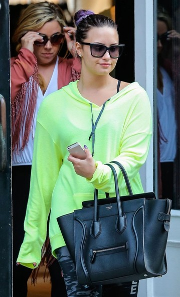 Is Demi Lovato Trying To Bring Back Neon Trend 2