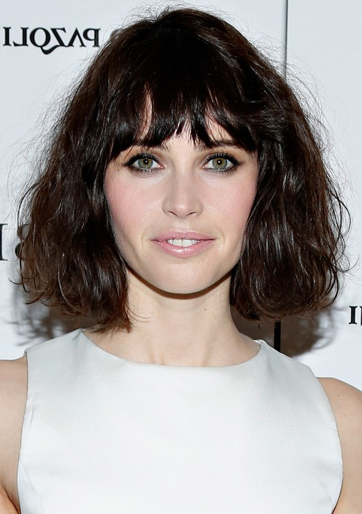 Wavy Choppy Hairstyles : Felicity jones hairstyles short wavy haircut with choppy bangs getty