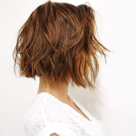 Perfect Fall Hairstyle for Short Hair - Layered Haircuts