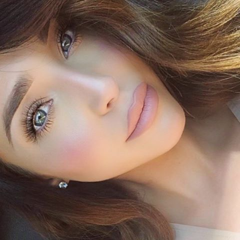 7 tips for achieving a natural glow through highlighting