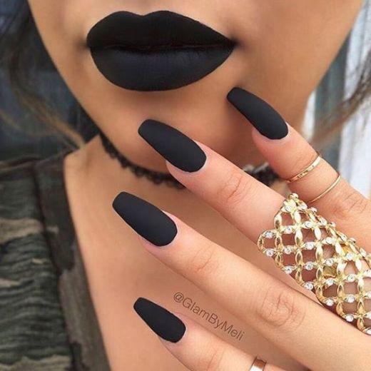 10 Gorgeous Matte Lip Looks