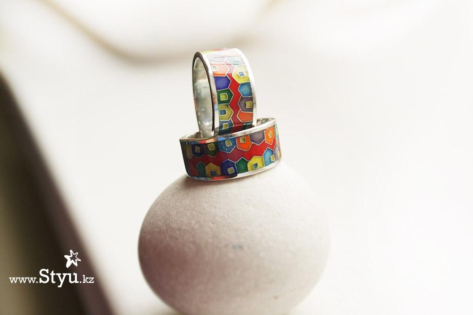 Хундертвассер. Кольцо с домиками,. Серебро и эмаль. Перегородчатая эмаль минанкари cloisonne enamel
