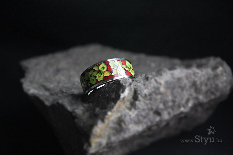 Серебряное кольцо с желтыми орхидеями. Серебро, эмаль, минанкари. Купить в Алматы