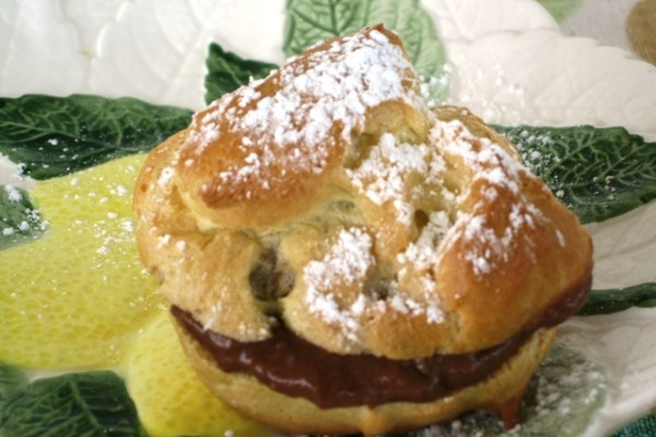 Cream Puff  filled