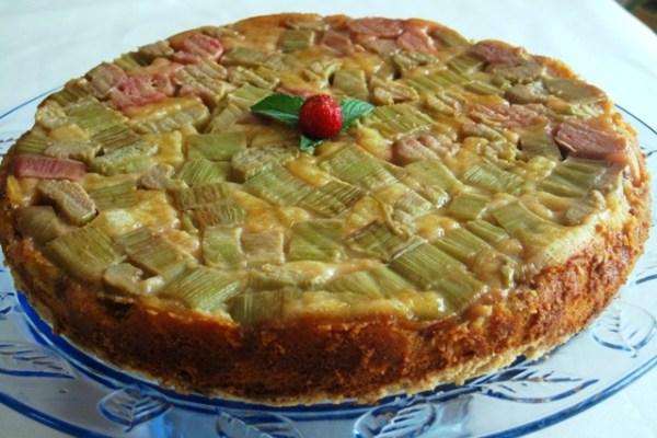Rhubarb upside down cake 3