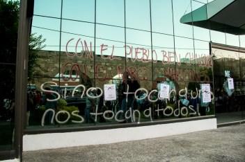 Marcha por desaparecidos de Ayotzinapa en Morelia - Alejandro Amado (17)