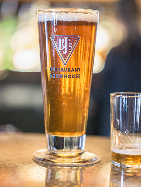 original capture beer in glass at BJs Brewhouse