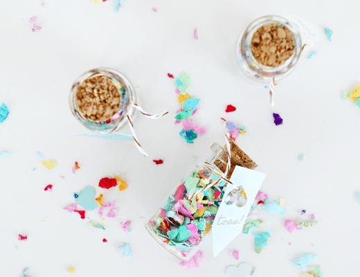 DIY Mini Confetti Jar Favors - Sugar & Cloth - Houston Blogger - DIY - Entertaining