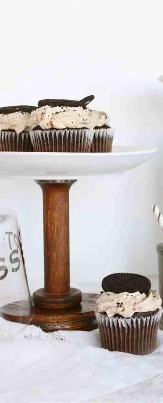 DIY Vintage Spool Cake Stand - Sugar & Cloth - Houston Blogger - DIY