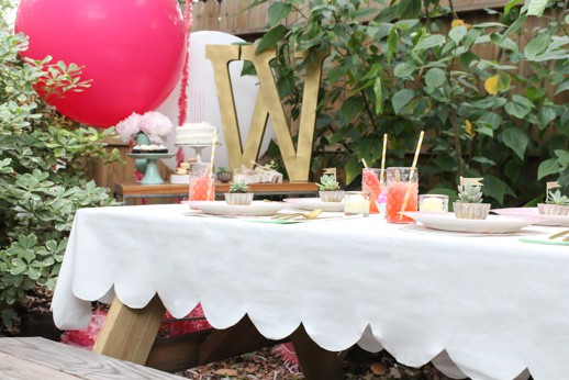DIY Scalloped Tablecloth - Sugar & Cloth - Houston Blogger - Entertaining & Hosting DIY