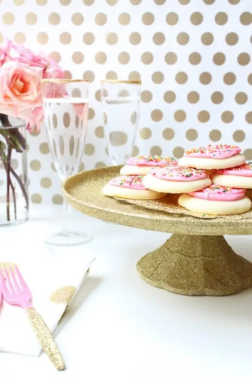 DIY decoupage cake stand by Sugar & Cloth - DIY - Houston Blogger - Entertaining