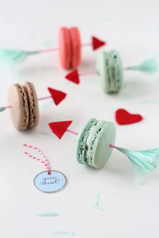 DIY Valentine's Arrow Cookie Picks by Sugar and Cloth | Sweet Tooth