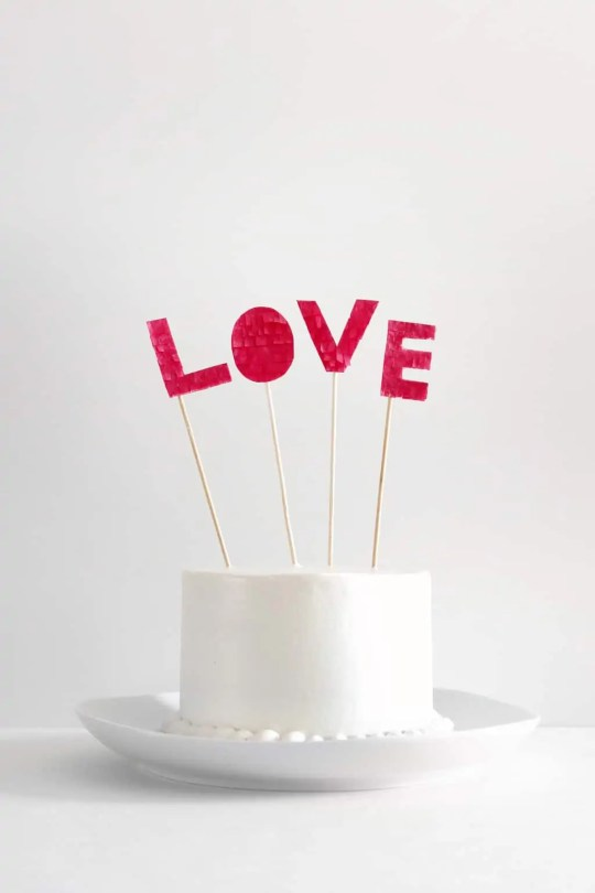 DIY fringe love cake topper