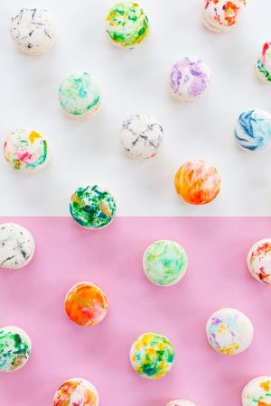 DIY Marbled Macarons - Sugar and Cloth