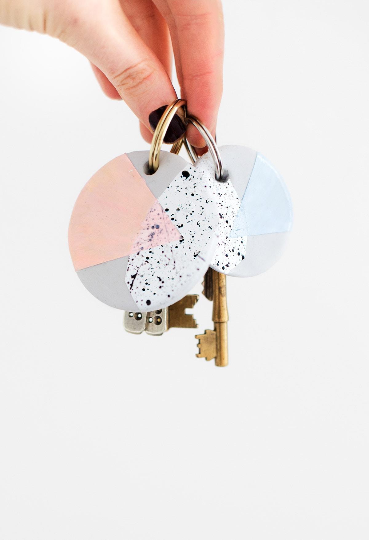 DIY Speckled Clay Keychain via Sugar and Cloth