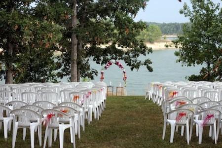 img 4470 e1313739560493 The Lakefront Wedding