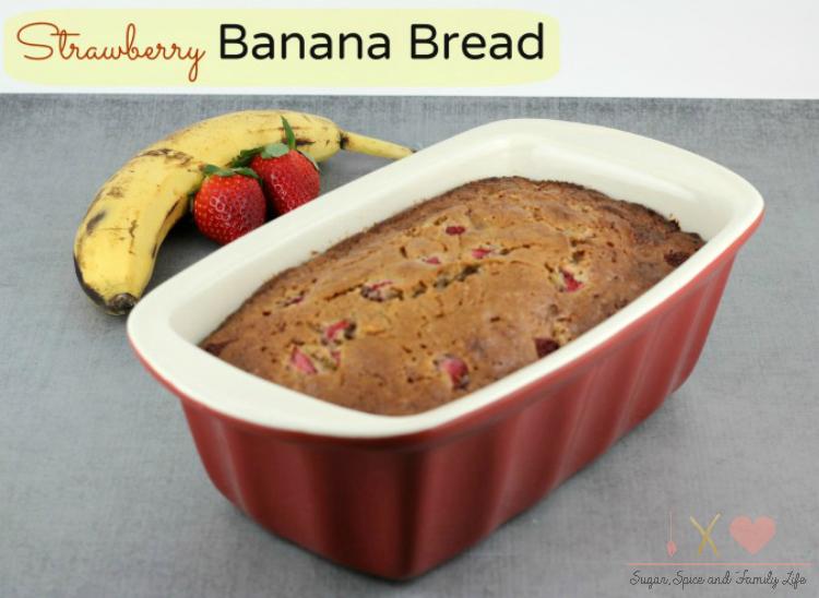 Strawberry-Banana-Bread.