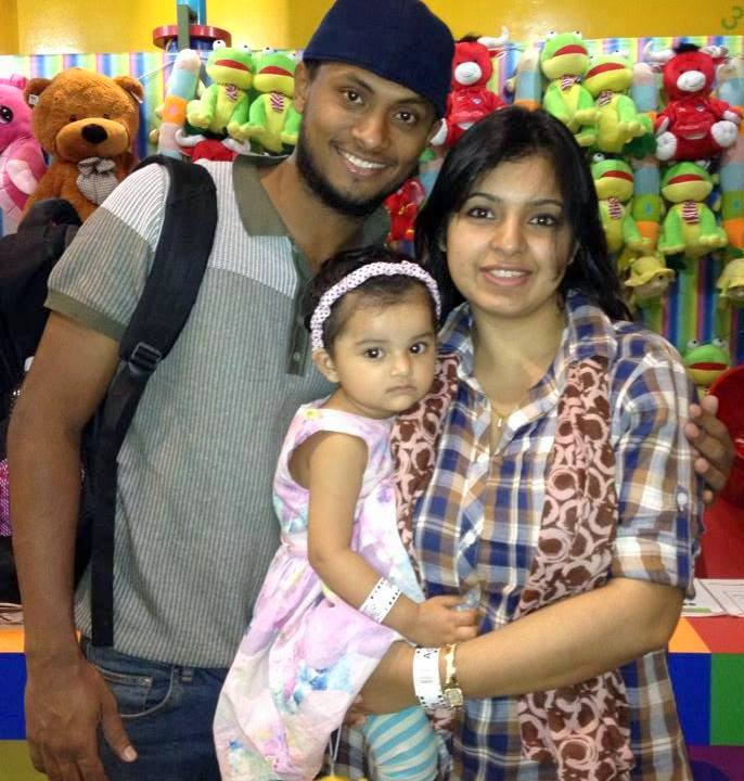 Enamul Haque Junior Bangladeshi Cricketer with his wife and daughter