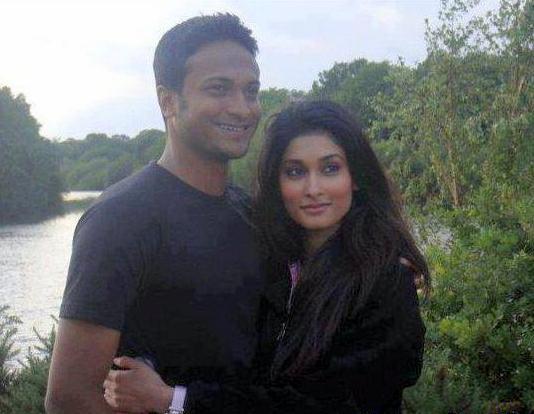 Shakib Al Hasan Bangladeshi Cricketer with his wife Umme Ahmed Shishir before their marriage