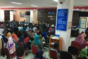 Masyarakat Mengeluh KPP I Padang Wajibkan Kurir Pakai NPWP Pribadi