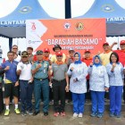 Semen Padang Lakukan Aksi Barasiah Basamo Pantai Padang