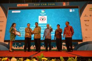 Semen Padang Sabet Penghargaaan TOP CSR 2018