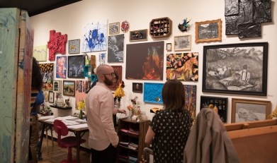 One of the Senior Art Show rooms that display varies type of art pieces. Photo by Nicolas Cordero.