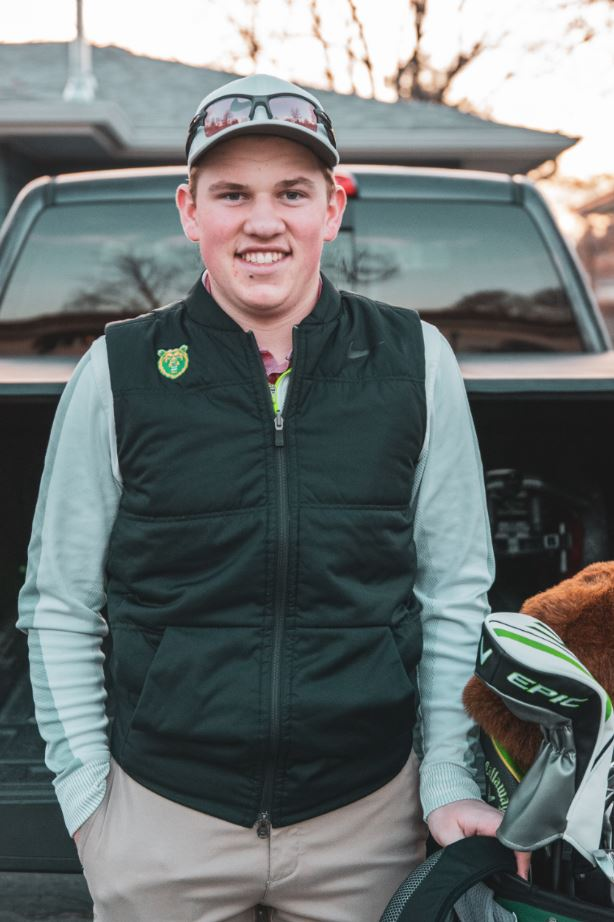 My name is Tristan Hanson, I am a 19-year-old golfer who attends Rocky Mountain College. I am a biology major and this is what I normally do on tournament day.