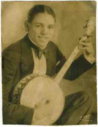 Banjo Ikey Robinson