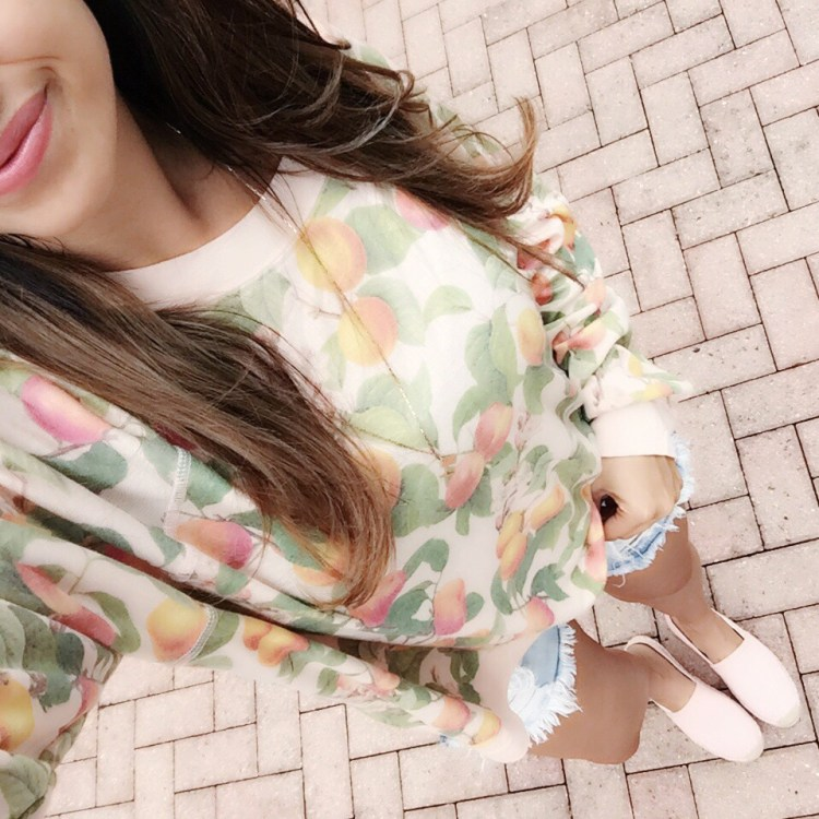 wildfox couture peaches sweatshirt