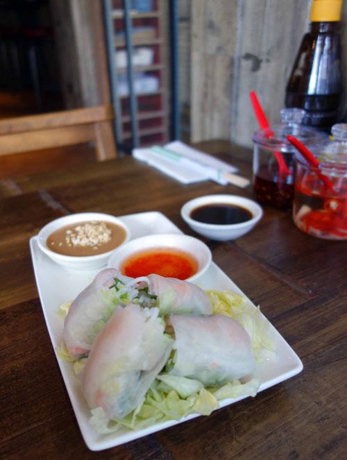 Pho Restaurant Starter Goi Cuon