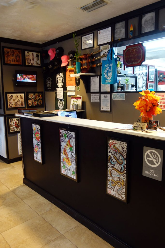 5 things to do if you want a travel tattoo sunny in london for Tattoo shops daytona beach