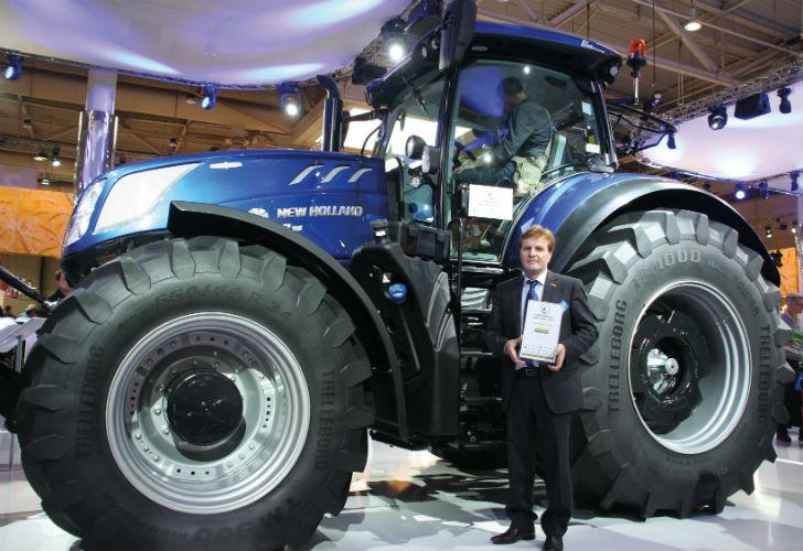 """El nuevo tractor T7.315 de New Holland fue coronado en la feria Agritechnica como """"Máquina del Año 2016""""."""