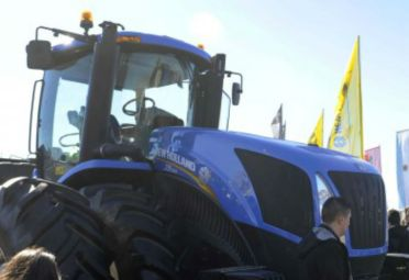 New Holland presentó su nuevo tractor T9 en AgroActiva. FOTO: AgroActiva.
