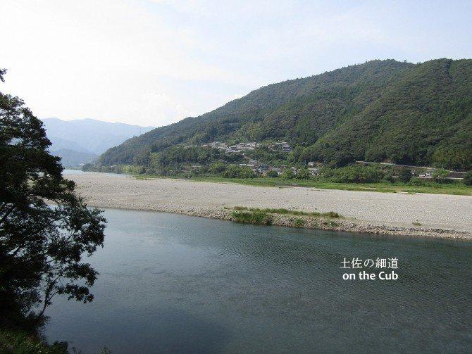 仁淀川中流の風景
