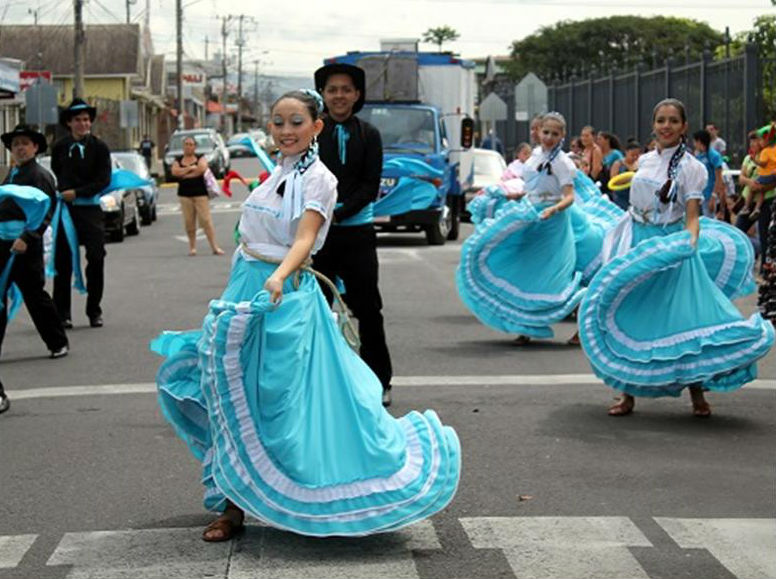 Fiesta de las Culturas Vivas Comunitarias pone a vibrar noviembre