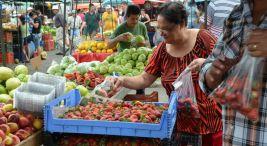 Feria del agricultor en la UNA